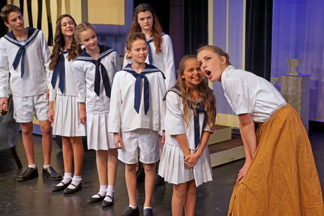 white xmas musical done in high schools
